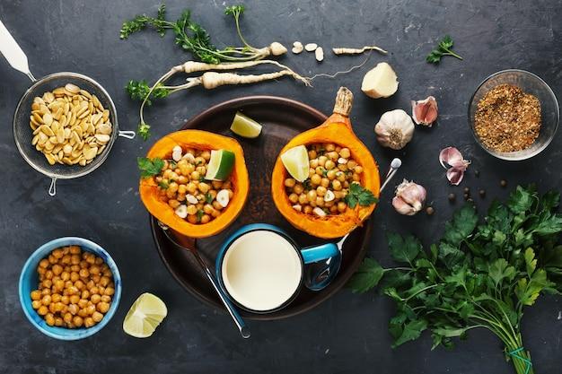 Citrouille hokkaido cuite au four avec pois chiches et pois chiches diététique
