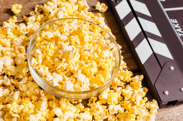 Clap de film et pop corn