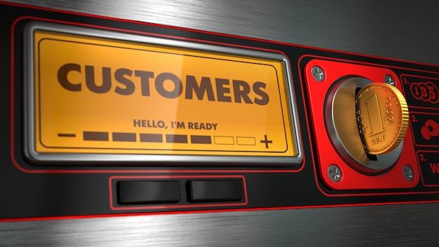 Clients en affichage sur distributeur automatique.