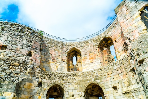 Clifford's tower, un château historique à york, england, uk