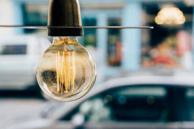 Close-up d'ampoule allumée