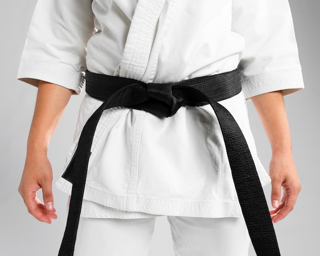 Close-up arts martiaux de ceinture noire