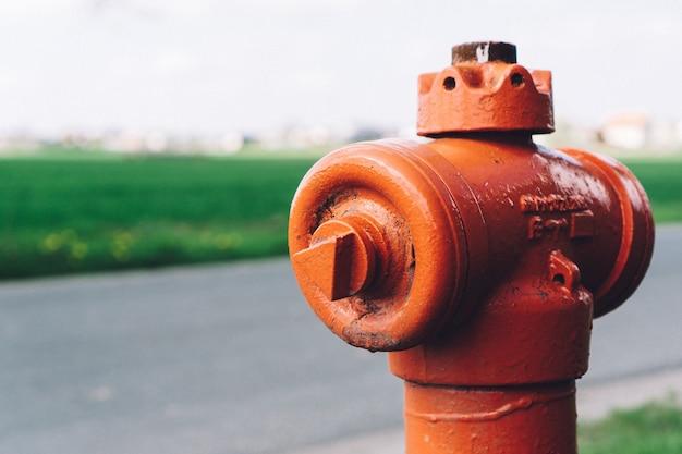 Close-up de bouche d'incendie dans la rue
