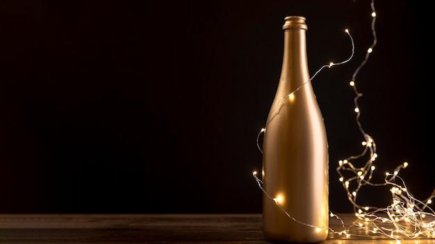 Close-up bouteille de champagne anniversaire
