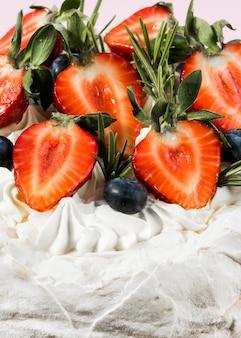 Close-up délicieux gâteau fruité