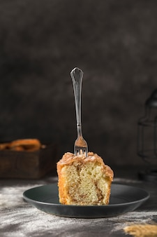 Close-up délicieux pain sucré sur la table