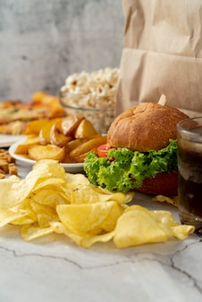 Close-up Fast Food Sur La Table Photo gratuit