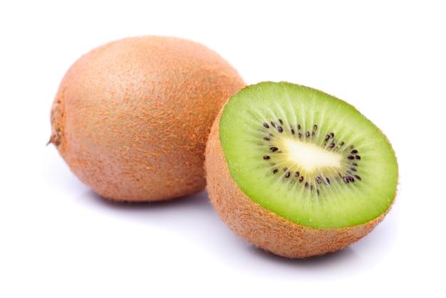 Close up kiwi sur table