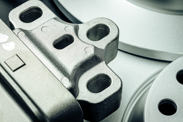 Close up de nouvelles pièces de voiture de rechange