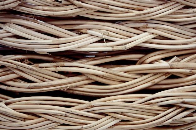 Close-up de panier en osier vintage