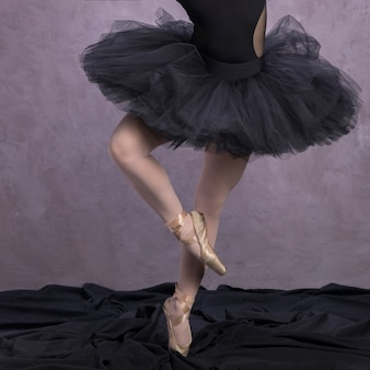 Close up posture de chaussures de ballet