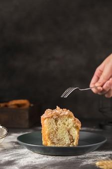 Close-up savoureux pain sucré sur une plaque
