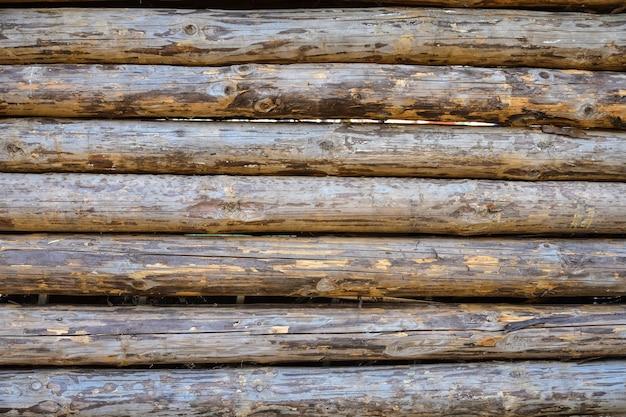 Close up vieux mur de rondins de bois