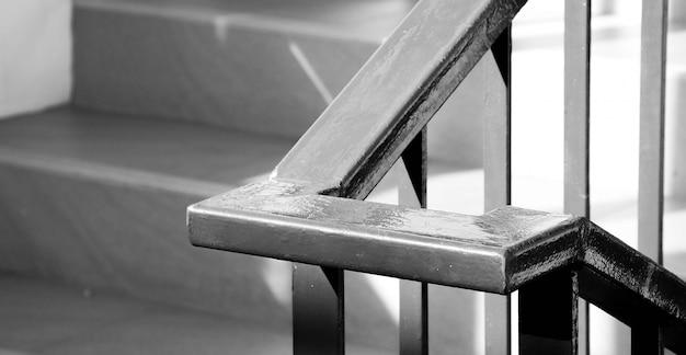 Closeup, acier, escalier, dans, maison d'habitation