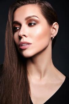 Closeup portrait of sensual glamour beautiful brunette woman model lady with fresh evening makeup