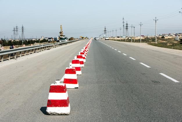 Clôture et réparation d'autoroute