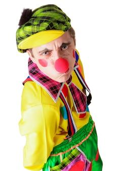 Clown drôle isolé sur fond blanc