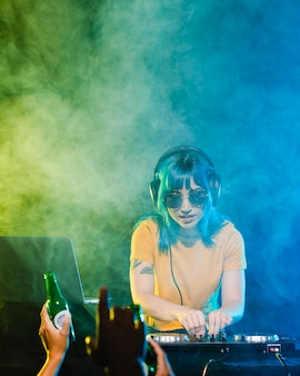 Clubbing dj avec femme