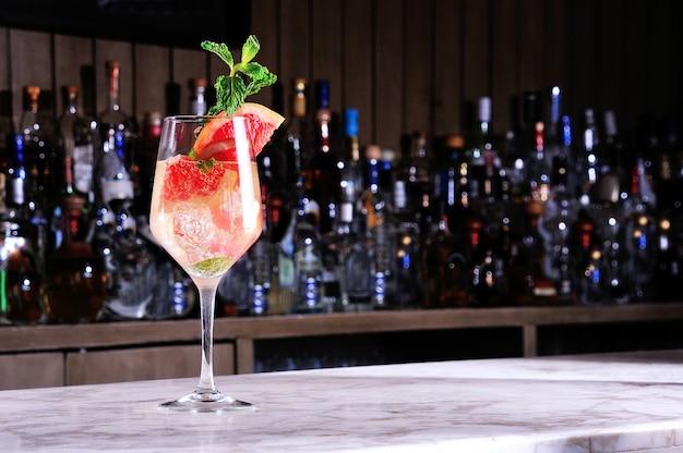 Cocktail au jus de pamplemousse