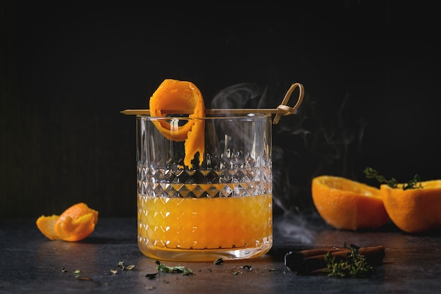Cocktail au whisky et à l'orange