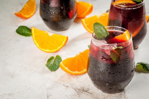 Cocktail espagnol traditionnel tinto de verano