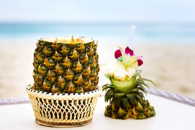 Cocktail exotique, pina colada à l'ananas