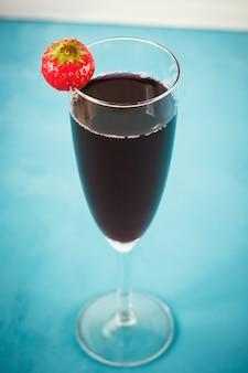Cocktail de fruits rouges à la fraise