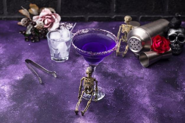 Cocktail de margarita halloween violet lavande
