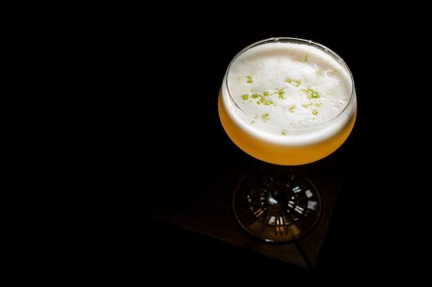 Cocktail sur le noir