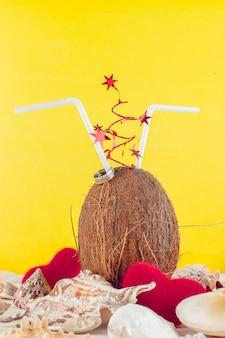 Cocktail de noix de coco. saint valentin.