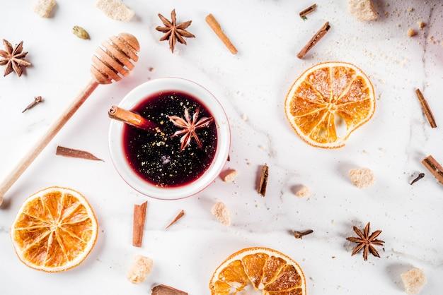 Cocktail de vin chaud aux épices