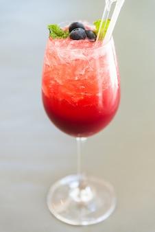 Cocktails aux fruits rouges