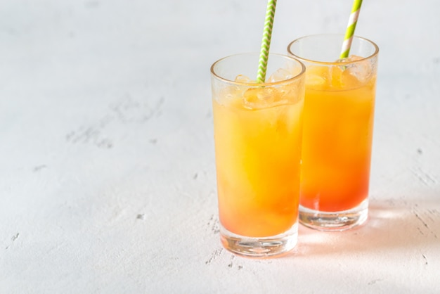 Cocktails tequila sunrise