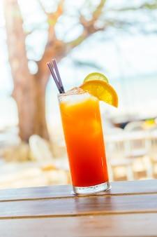 Cocktails en verre