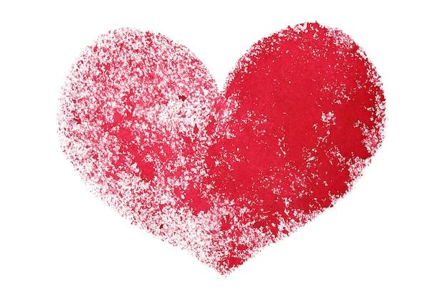 Coeur au pochoir grunge rouge isolé sur fond blanc