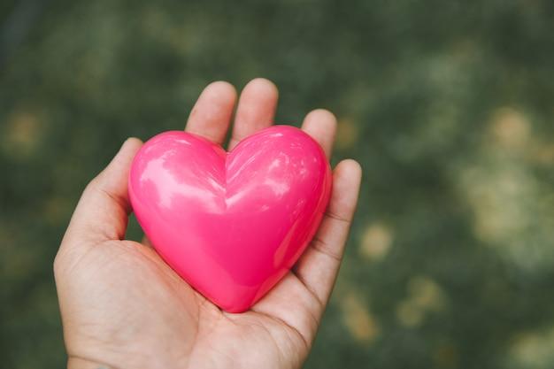 Coeur dans les mains du coeur