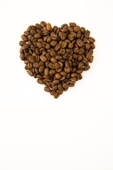 Coeur garni de grains de café