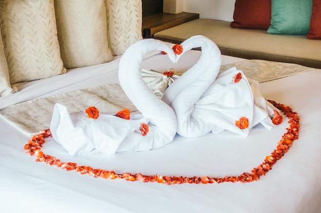Coeur miel intérieur serviette de bain