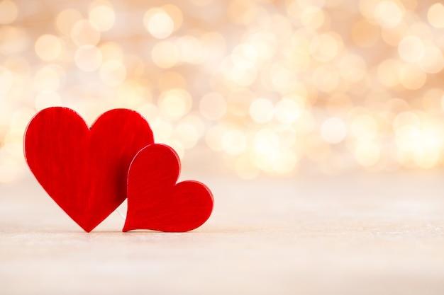 Coeur rouge, carte de voeux saint valentin bokeh