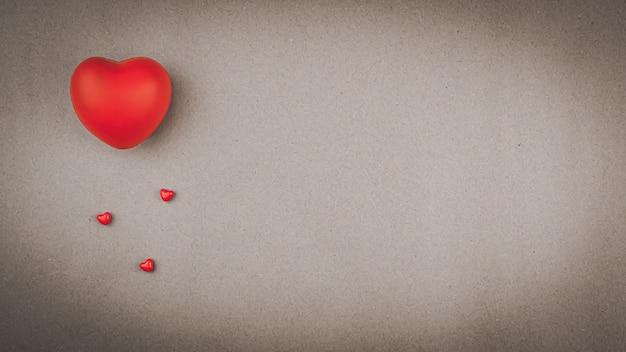 Coeur rouge avec espace copie petit coeur rouge