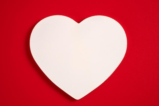 Coeur sur rouge