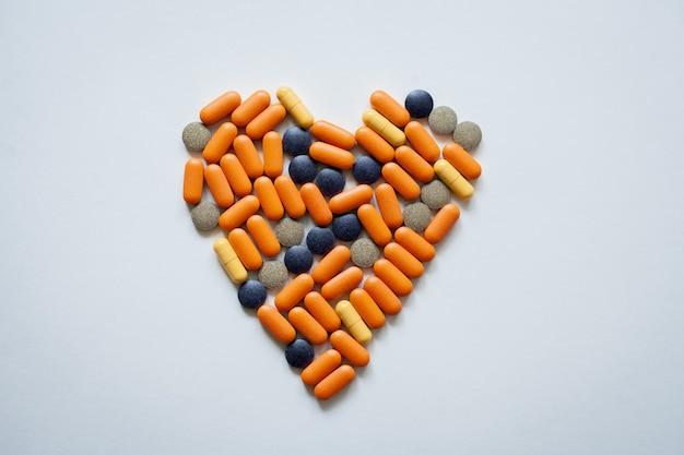 Coeur de vue de dessus de pilules
