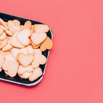 Coeurs cookies style de conception d'art minimal couleurs de bonbons