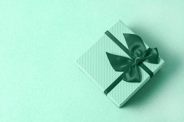 Coffret cadeau en couleur néo menthe