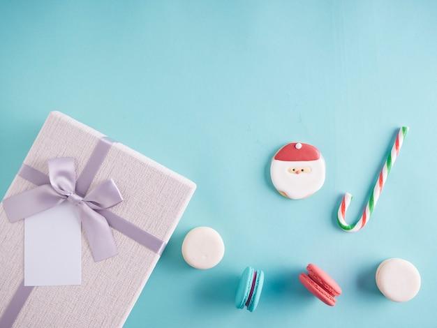 Coffret cadeau et décorations de noël