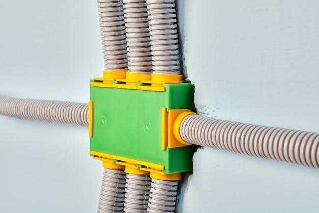 Coffret électrique pour réseau électrique de bâtiment résidentiel.