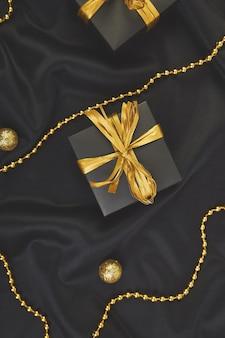 Coffrets cadeaux de luxe noirs avec ruban d'or