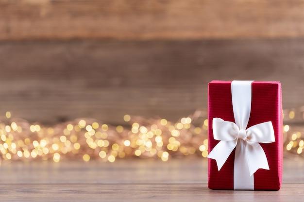 Coffrets cadeaux de noël avec des rubans