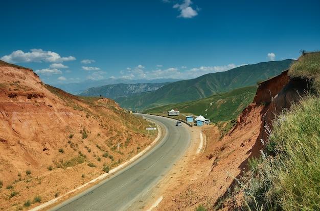 Col chyjyrchyk , pamir highway, kirghizistan , asie centrale