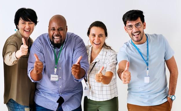 Collaborateurs donnant de bons retours